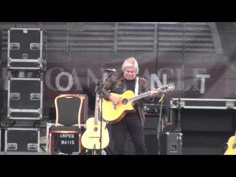Doyle Dykes - full set Guitar Town 8-9-14 Copper Mtn., CO HD tripod