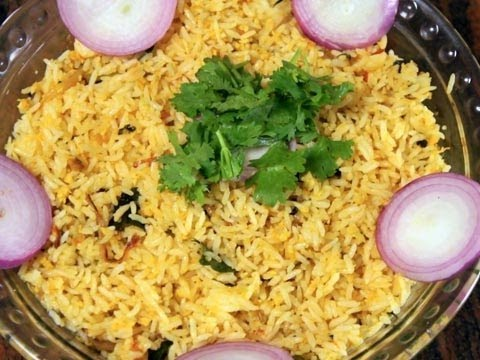 Thengai sadam or coconut rice youtube for Aharam traditional cuisine of tamil nadu