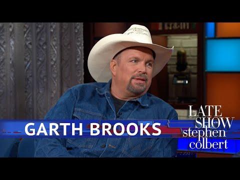 Garth Brooks Put The 'Field' In 'Track & Field'