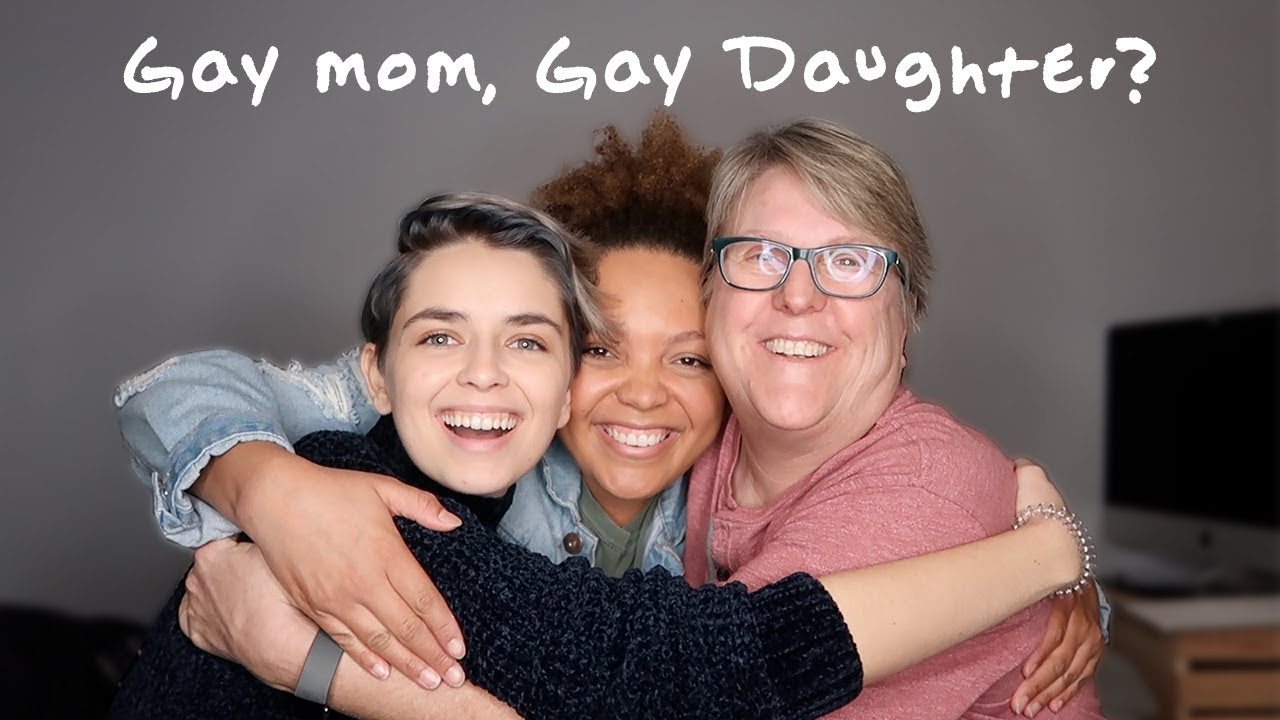 LESBIAN MOM REACTS TO DAUGHTER COMING OUT!