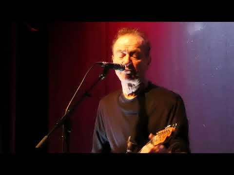 Hugh Cornwell - Monster - Live at The Met, Bury 17.11.19