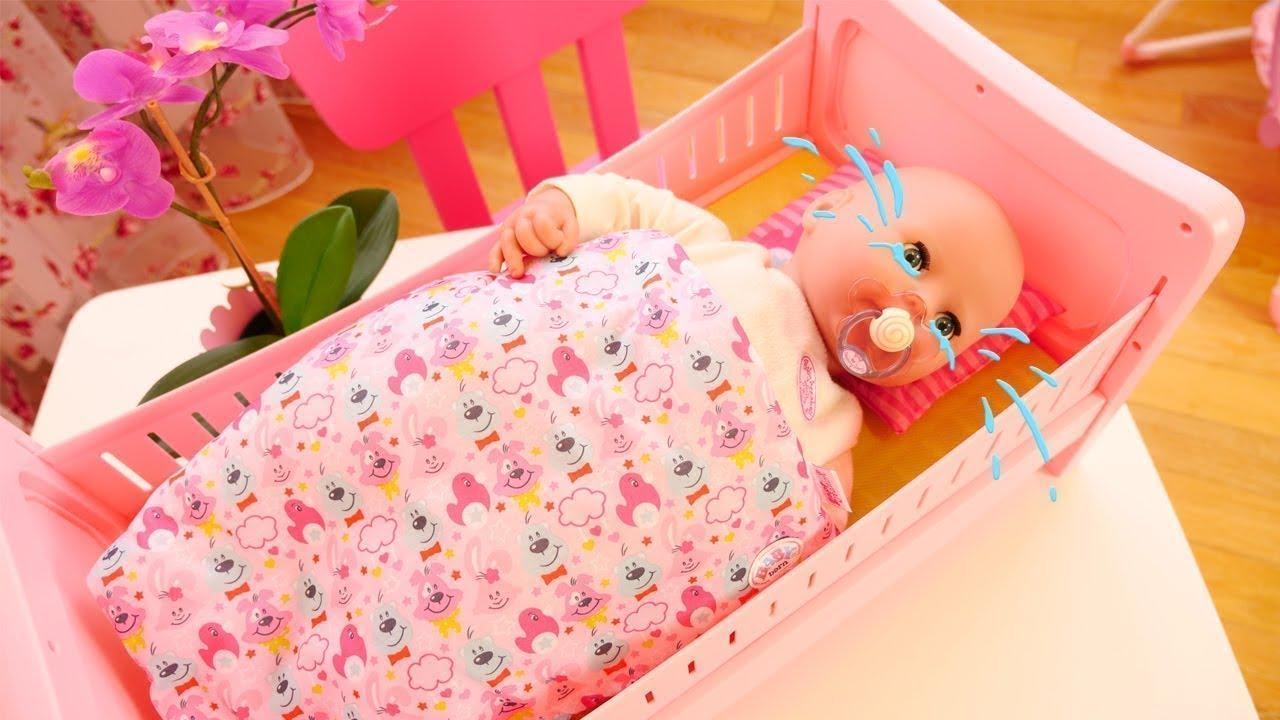 La Cuna De Juguete Para La Bebé Baby Born Abriendo Juguetes Youtube