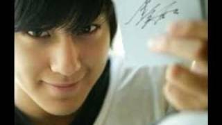 Repeat youtube video Top 10 hottest and cutest korean guys!