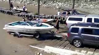 Boating Fail. Everyone is getting wet. You got to watch
