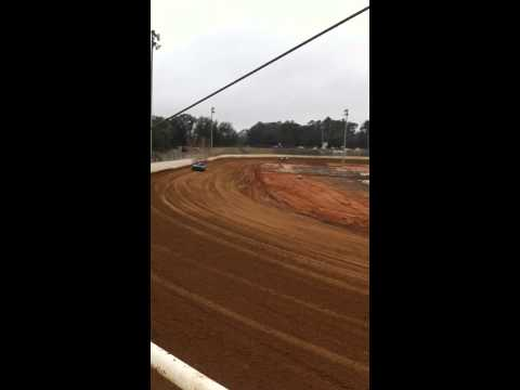 Henry motorsports first practice at Putnam county speedway 2/28/2015