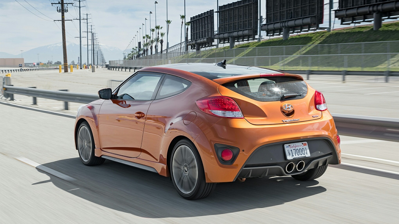 2017 hyundai veloster turbo first review youtube. Black Bedroom Furniture Sets. Home Design Ideas