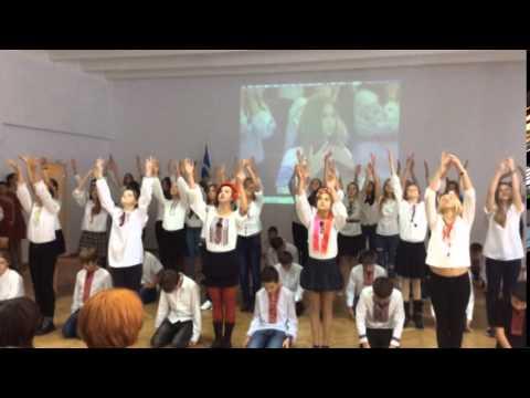 Флешмоб. Лцей 157. Дякумо, Литва, за пдтримку миру в Укран