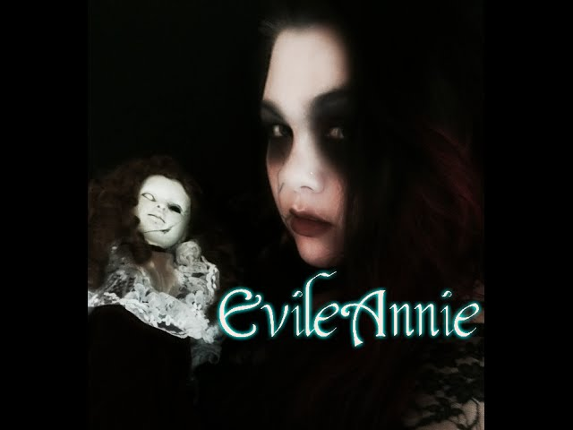Her White Eye Evile Annie