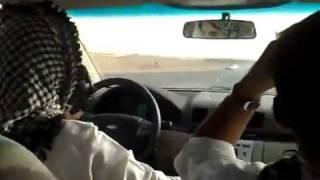بنت في سيارة شباب يمارسون التفحيط من داخل السيارة flv   YouTube