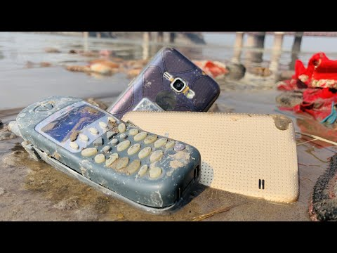 Found a very old phone in the river | Destroyed phone restoration
