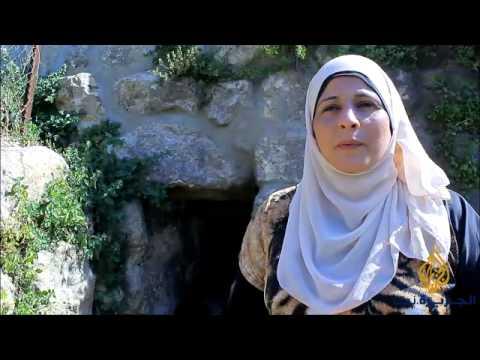 طلبة وأطفال بتير الفلسطينية يتعرفون على قريتهم
