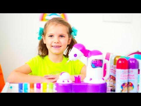 Катя играет в салон красоты