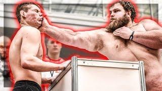 CE RUSSE MET TOUT LE MONDE KO EN UNE CLAQUE ! (concours/championnat de gifle) (Vasily Kamotsky)
