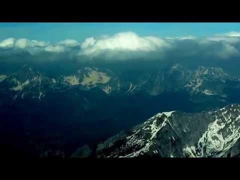 7/4/2014 טיסה מעל האלפים בדרכנו מ GRATZ ל SALTSBURG