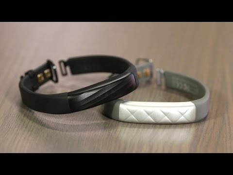 Jawbone Up3 adds limited heart rate to a slim band, but it's not worth the price