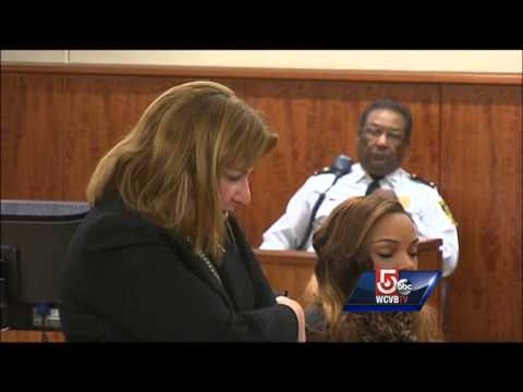 Hernandez's girlfriend back in court on perjury charges