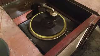 Jason Barnett finds more old Edison phonographs in an abandoned airplane hangar
