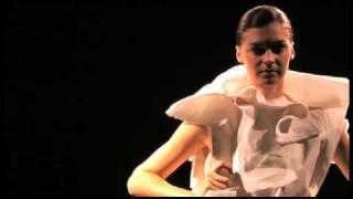 Mercedes Benz Fashion Ranger 2011 Videos