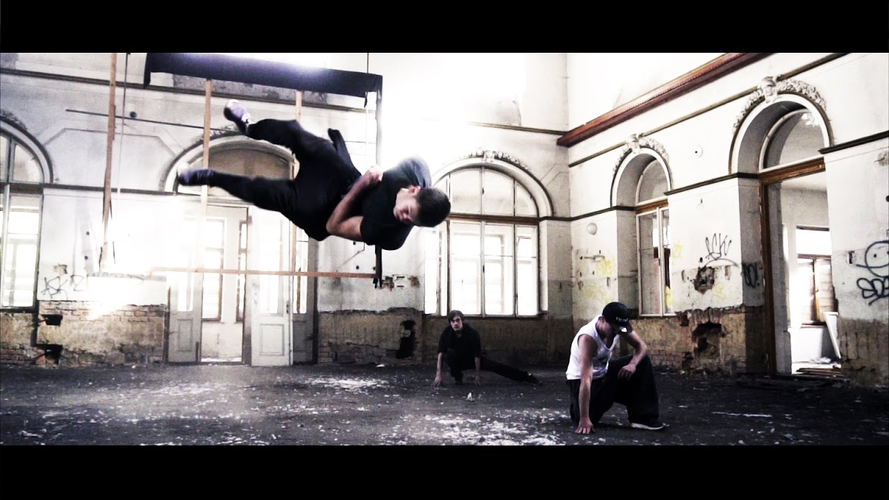 PARKOUR / FREERUN PRAJZSKÁ - Promo video by DEFABRIK.CZ (2016)