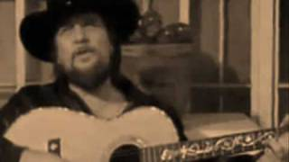 Waylon Jennings... Johns Back in Town