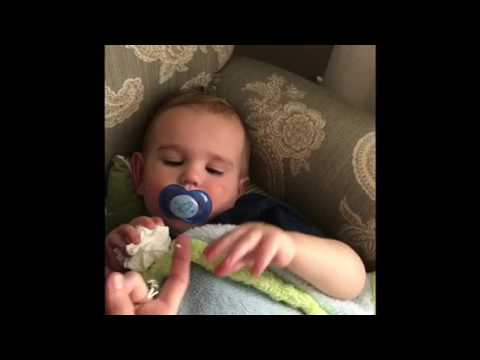 Removing & Inserting Soft Contact Lenses in Baby or Toddler - YouTube