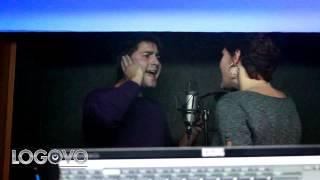 Михаил и Екатерина поют на студии звукозаписи logovo