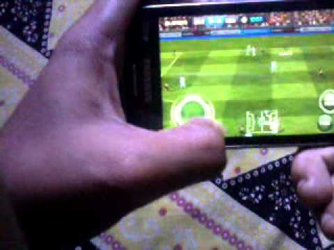 FIFA 14 on galaxy s duos 2