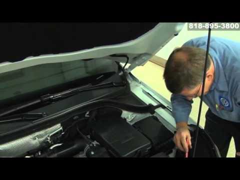 VW Volkswagen Maintenance Auto Mechanic Car Repair Shop San Fernando Valley Los Angeles California