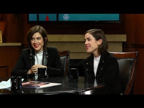 Tegan and Sara on attracting straight women | Larry King Now | Ora.TV
