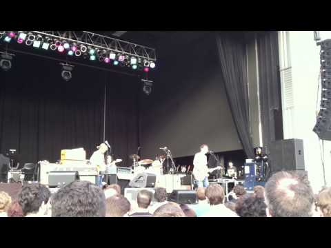 "Yo La Tengo - ""Stupid Things"" - Stage AE, Pittsburgh - 7/13/2013"