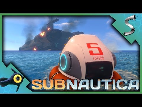 GETTING STARTED! CRAFTING BASIC TOOLS AND EQUIPMENT! - Subnautica [Gameplay E1]