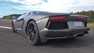 Lamborghini Aventador LP700-4 Roadster Pirelli Edition - Brutal Sounds!