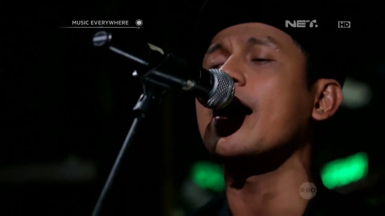 superman-is-dead-sunset-di-tanah-anarki-ft-brianna-live-at-music-everywhere-musiceverywherenet