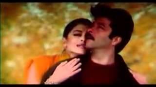 Hamara Dil Aapke Paas Hai  lyrics