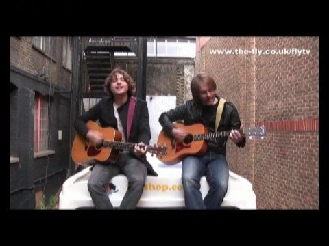 FLY TV In The Courtyard - Attic Lights 'God'