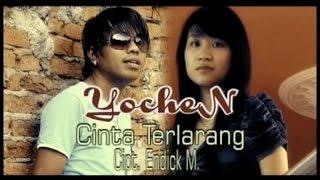 Gambar cover Yochen Amos - Cinta Terlarang (Official Music Video)
