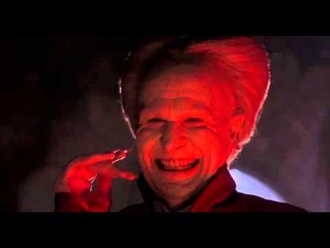 Дракула смеётся