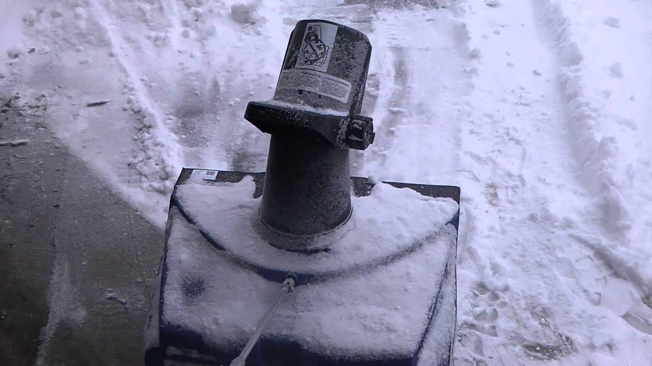 Snow Joe Ultra 18 Inch 13 5 Amp Electric Snow Thrower Sj620 Review