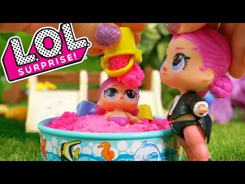 LOL Surprise Dolls Sisters Play in the Park with an LOL Lil and Unboxings!