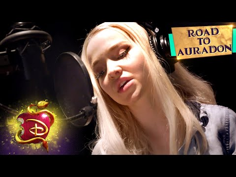 Good To Be Bad 💥| Road To Auradon | Descendants 3