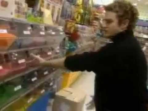 Britney Spears And Justin Timberlake Shopping Adventure 2000