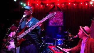 210 Jon Cleary What Do You Want The Girl To Do Live at Chickie Wah Wah