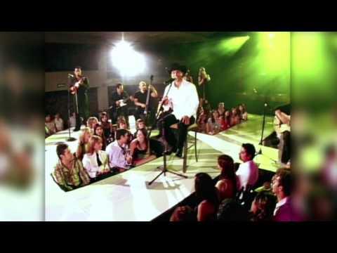 """Bobby Pulido - """"Desvelado"""" VERSION ACUSTICO!"""