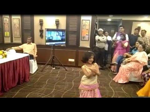 Rituparna Sengupta's little daughter Rishona dances in tune with Rabindrasangeet
