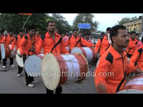 Band and procession leads up to Ganesh...