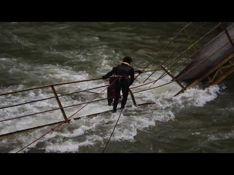 Five students dead after Pakistan bridge collapses