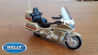 Машинки Веллі Мотоцикл Хонда Honda Gold Wing Welly М 1:18 Розпакування та огляд