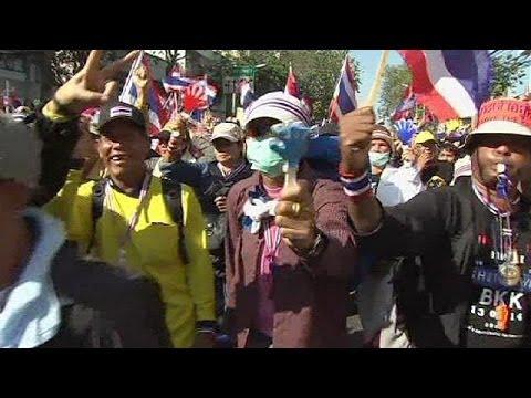 Bangkok shutdown as anti-government protest takes hold