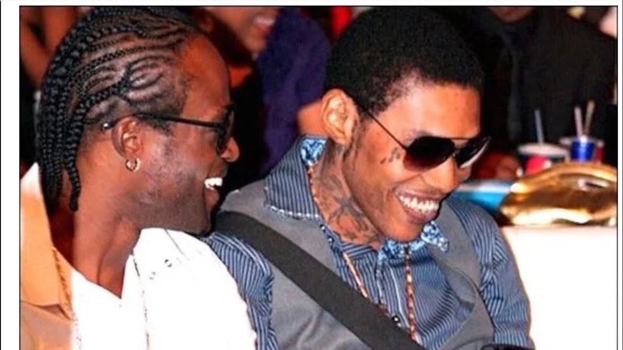 Video Link AkA Tru Buzz Jamaica EXPOSE The Politrick SNITCH ? for Vybz Kartel
