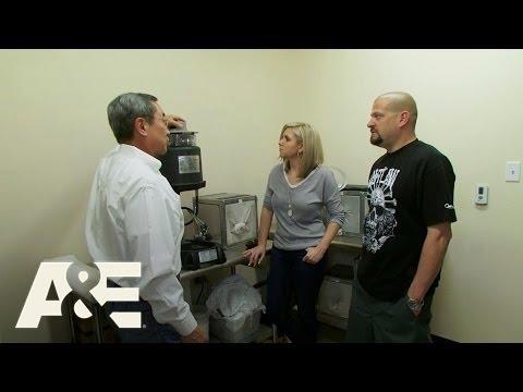 Storage Wars: Jarrod and Brandi's Mosquito Trap (Season 7, Episode 5) | A&E